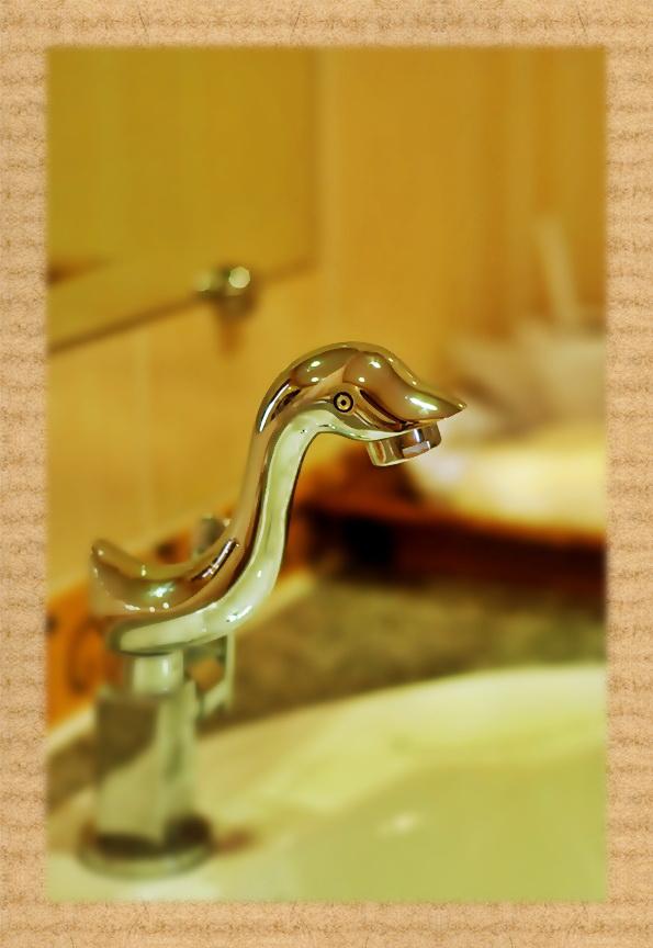 ห้องน้ำกล้างดีไซน์สวย โรงแรม ที่พัก โคราช สไตล์ รีสอร์ท ระดับคุณภาพ ใน ต.โคกกรวด อ.เมือง นครราชสีมา hotel in korat ในตัวเมือง : ร่มไม้ปลายตะวัน รีสอร์ท Rommaiplaitawan hotel & resort