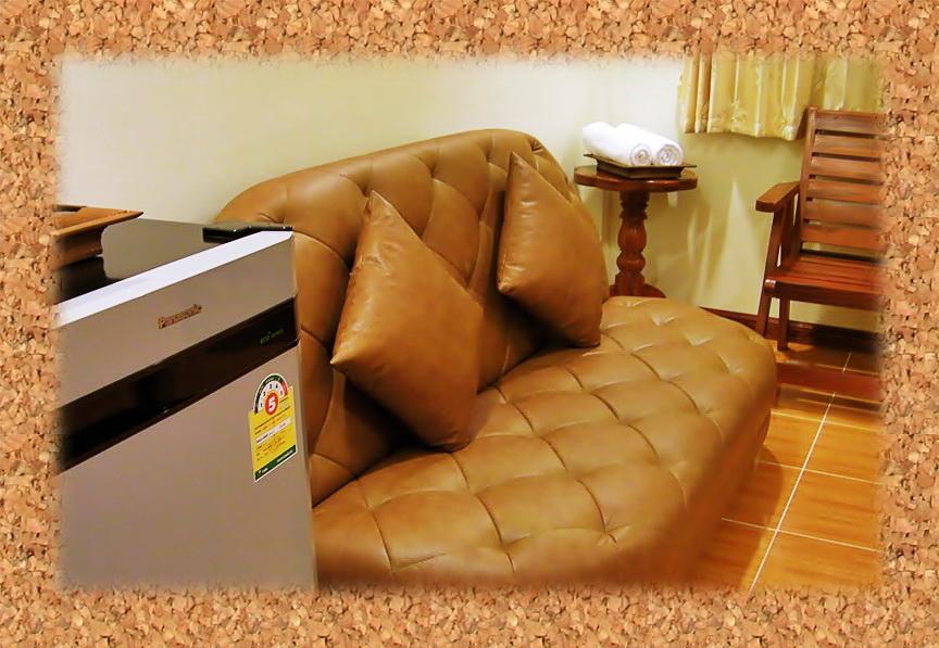 ห้องสูทสวยหรูในราคาถูก ประหยัด โรงแรม ที่พัก โคราช สไตล์ รีสอร์ท ระดับคุณภาพ  ต.โคกกรวด อ.เมือง นครราชสีมา hotel in korat : ร่มไม้ปลายตะวัน รีสอร์ท Rommaiplaitawan hotel & resort